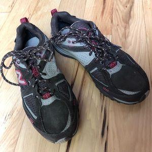 New Balance 650 Hiking Shoe, Size 6.5